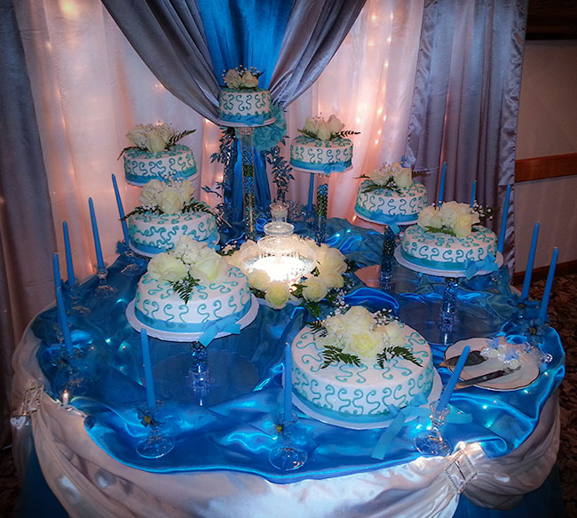 Heavenly Blue Cake Table